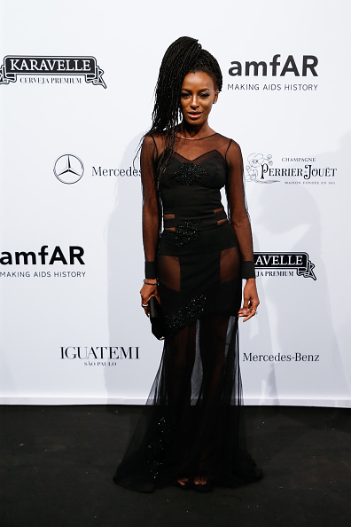 ディーニョ・ディニス「2018 amfAR Gala Sao Paulo - Arrivals」:写真・画像(7)[壁紙.com]