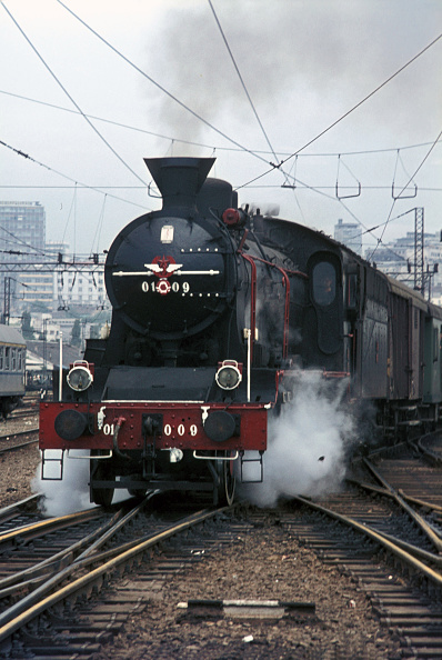 Belgrade - Serbia「One of  the last survivors of the beautiful Serbian O1 Class 2-6-2s departs from Belgrade with a local passenger train on Monday 31 July 1972.」:写真・画像(19)[壁紙.com]