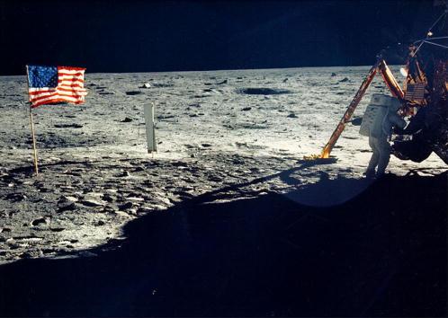 Moon「30th Anniversary of Apollo 11 Moon Mission」:写真・画像(5)[壁紙.com]