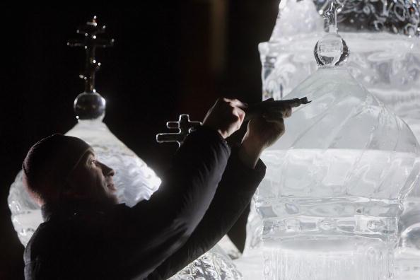 Ice Sculpture「Ice Sculpture Unveiled In Trafalgar Square」:写真・画像(1)[壁紙.com]