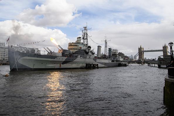 HMS Belfast「80th Anniversary Of HMS Belfast Celebrates」:写真・画像(8)[壁紙.com]