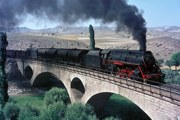 Middle East「One of the handsome Mogul 2-6-0s built by Borsig of Berlin for the Baghdad Railway in 1911 wanders onto the pier at Hisaronu on Turkey's Black Sea Coast on Sunday 8th August 1976.」:写真・画像(7)[壁紙.com]