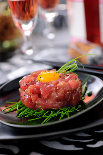 "Quail Egg「Asian Tuna Tartare ""Yukhoe"" Served on Festive Table」:スマホ壁紙(16)"
