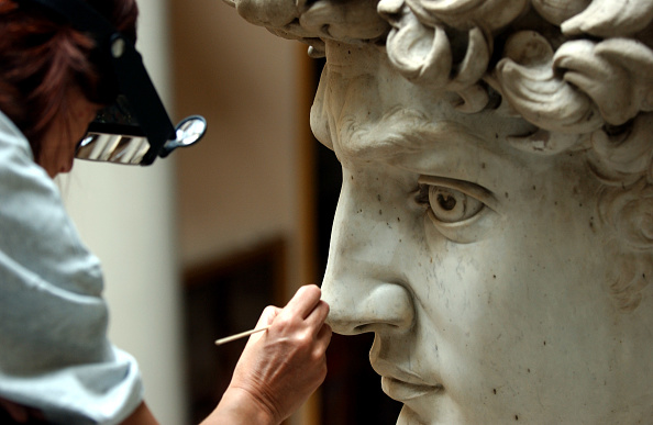 像「Michelangelo's David Gets Controversial Makeover」:写真・画像(13)[壁紙.com]