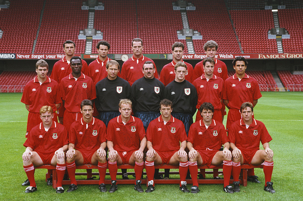 Andy Phillips「Wales Football Squad World Cup1994 Qualifying Campaign」:写真・画像(4)[壁紙.com]
