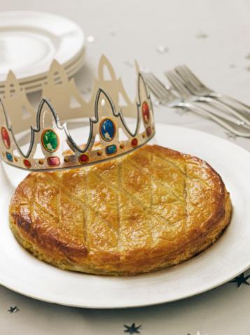 Crown - Headwear「Epiphany King's Cake with crown」:スマホ壁紙(9)