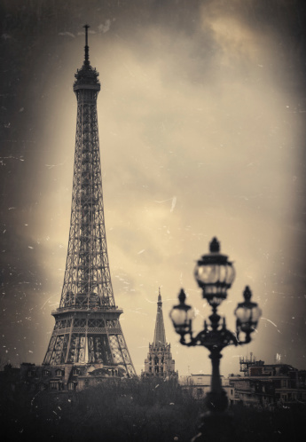 Sepia Toned「Paris. Eiffel Tower. Retro look」:スマホ壁紙(18)