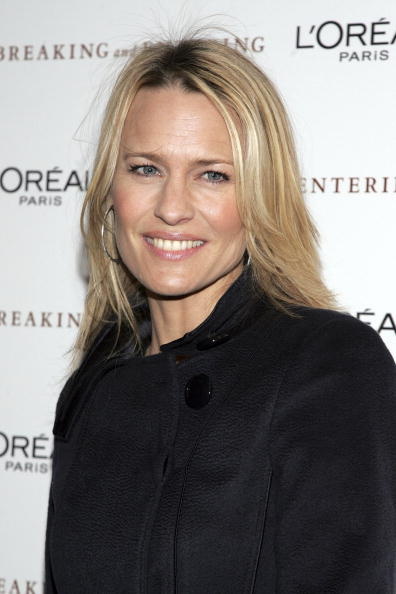 """Paris Theater - Manhattan「The Weinstein Company Premieres """"Breaking And Entering"""" - Arrivals」:写真・画像(11)[壁紙.com]"""