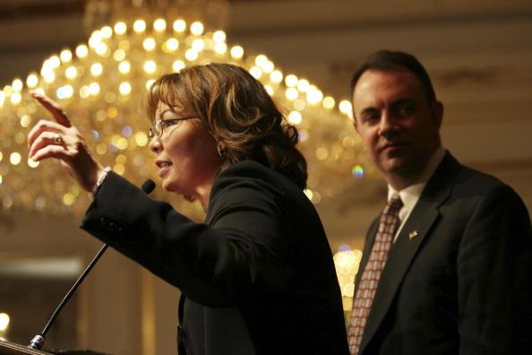 Husband「Tammy Duckworth Vies For Congressional Seat」:写真・画像(14)[壁紙.com]