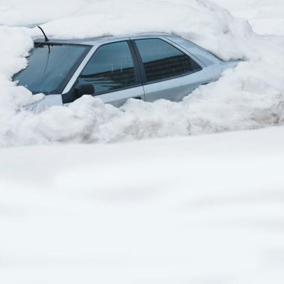 Snowdrift「Motor vehicle partly buried in a snow drift」:スマホ壁紙(16)