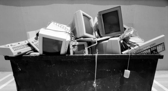 Industrial Garbage Bin「Discarded technology objects」:スマホ壁紙(6)