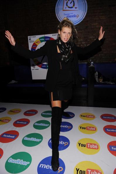 Human Limb「Meebo Celebrates its 5th Birthday in New York City」:写真・画像(9)[壁紙.com]
