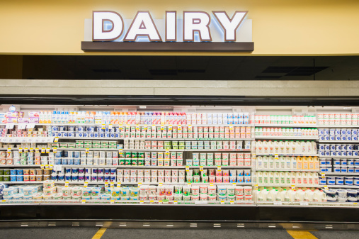 Supermarket「Dairy section of grocery store」:スマホ壁紙(7)
