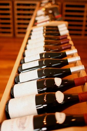 Rack「Wooden Wine Rack - Bottles on Side」:スマホ壁紙(0)