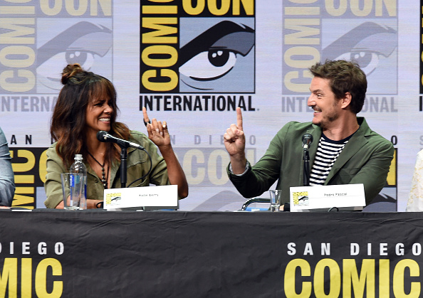 Two People「Comic-Con International 2017 - 20th Century FOX Panel」:写真・画像(2)[壁紙.com]