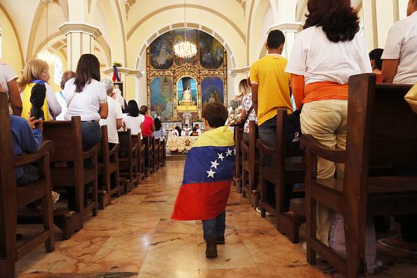 Boys「Juan Guaidó Rally in Barquisimeto Is Suspended」:写真・画像(9)[壁紙.com]
