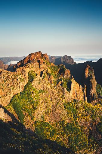 Pico Do Arieiro「Pico De Arieiro On Madeira Island」:スマホ壁紙(19)