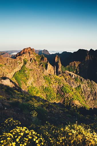 Pico Do Arieiro「Pico De Arieiro On Madeira Island」:スマホ壁紙(8)