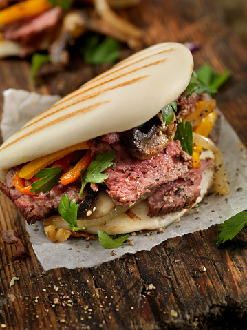 Chinese Steamed Bun「Steak and Peppers on Grilled Bao Buns」:スマホ壁紙(18)