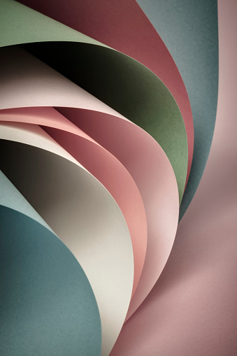 Kelly Green「Curved multicolored sheets of paper」:スマホ壁紙(19)