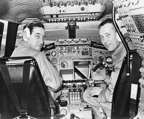 Commercial Airplane「Brian Trubshaw And John Cochrane」:写真・画像(17)[壁紙.com]