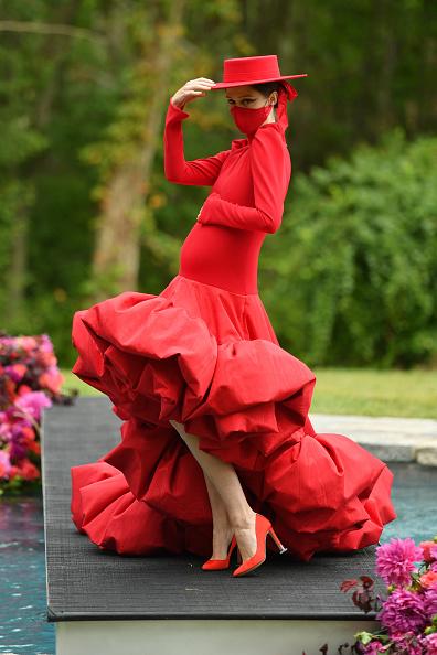 Fashion show「Christian Siriano Collection 37 2020 Fashion Show - Runway」:写真・画像(5)[壁紙.com]