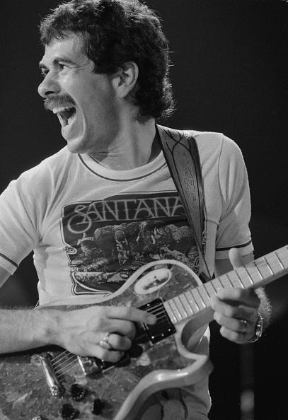 ミュージシャン カルロス・サンタナ「Carlos Santana」:写真・画像(6)[壁紙.com]