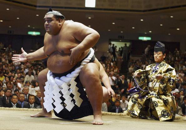 武蔵丸 光洋「Hawaiian-born Former Grand Champion At His Topknot Cutting Ceremony」:写真・画像(0)[壁紙.com]