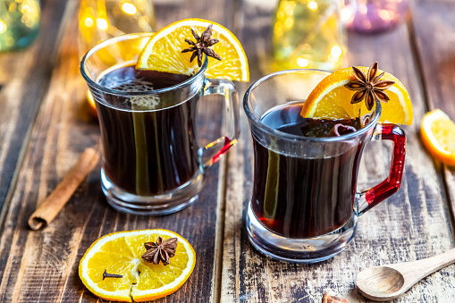 Star Anise「Homemade mulled beer, garnished with cinnamon and star anise」:スマホ壁紙(11)