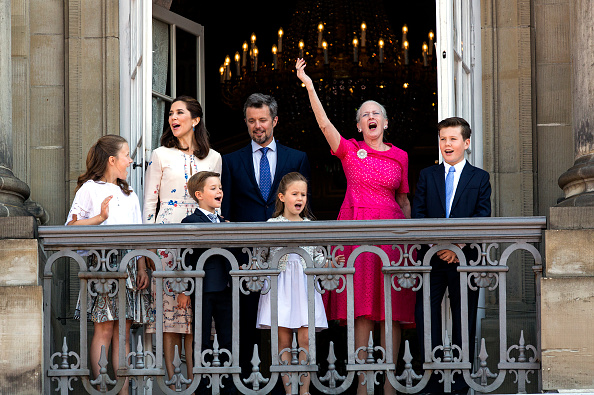 Copenhagen「Crown Prince Frederik Of Denmark Receives From The Palace Balcony The People's Homage On His 50th Birthday」:写真・画像(15)[壁紙.com]