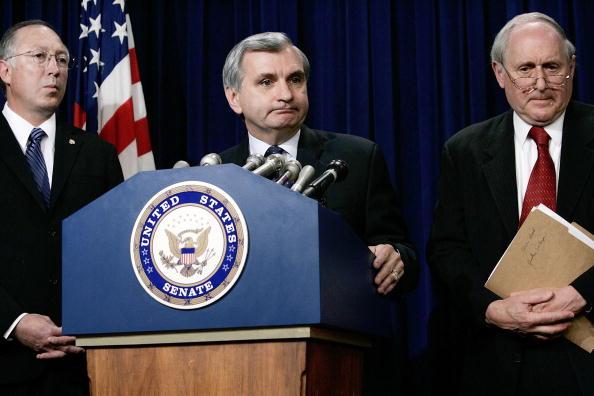 Discussion「Democrats Discuss Amendment On Iraq War」:写真・画像(17)[壁紙.com]