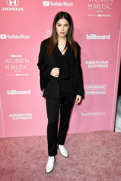 Double Breasted「2019 Billboard Women In Music - Arrivals」:写真・画像(12)[壁紙.com]