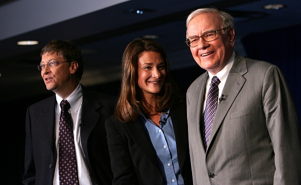 Gate「Warren Buffett To Give Most Of His Fortune To Gates Charity」:写真・画像(0)[壁紙.com]