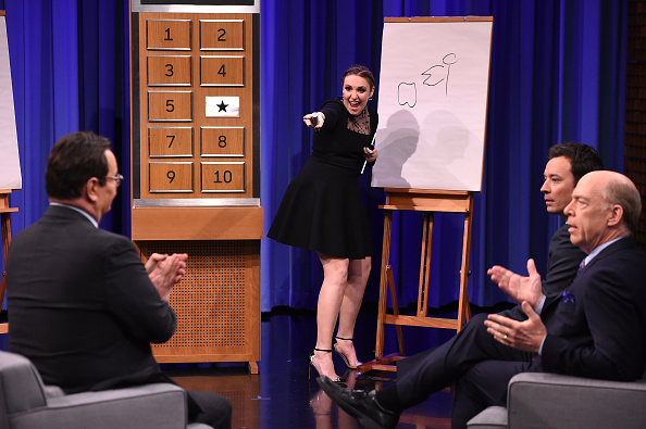 "J.K「Lena Dunham Visits ""The Tonight Show Starring Jimmy Fallon""」:写真・画像(3)[壁紙.com]"