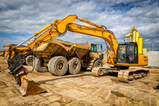 Earth Mover「Road construction machinery on the construction of highway」:スマホ壁紙(6)