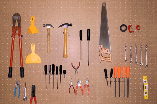 Work Tool「Tools hanging on pegboard」:スマホ壁紙(19)