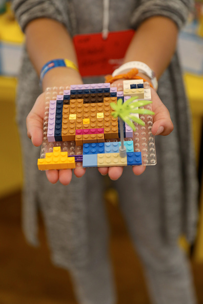 Creativity「Mark Ronson & The LEGO Group Inspire Kids To Rebuild The World」:写真・画像(5)[壁紙.com]