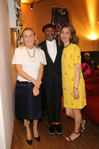 Prada「Prada Spring/Summer 2019 Womenswear Fashion Show Arrivals and Front R」:写真・画像(3)[壁紙.com]