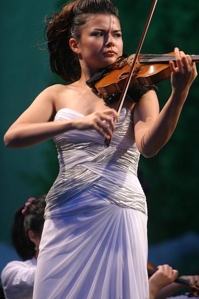 Classical Concert「Karen Gomyo」:写真・画像(5)[壁紙.com]