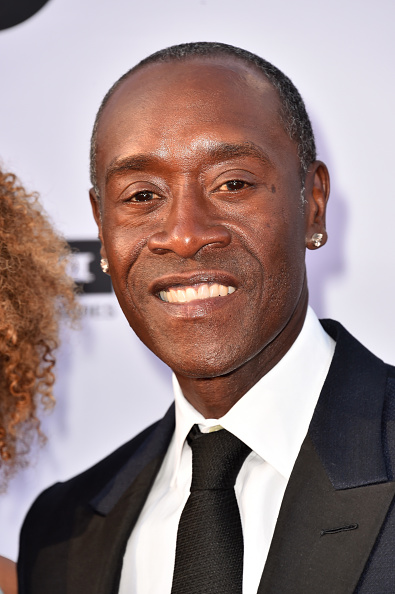 Don Cheadle「American Film Institute's 46th Life Achievement Award Gala Tribute to George Clooney - Arrivals」:写真・画像(13)[壁紙.com]