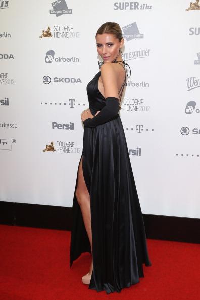 Slit - Clothing「'Goldene Henne' 2012 - Red Carpet Arrivals」:写真・画像(19)[壁紙.com]