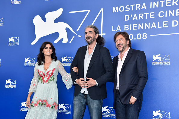 Fernando Leon「Loving Pablo Photocall - 74th Venice Film Festival」:写真・画像(7)[壁紙.com]