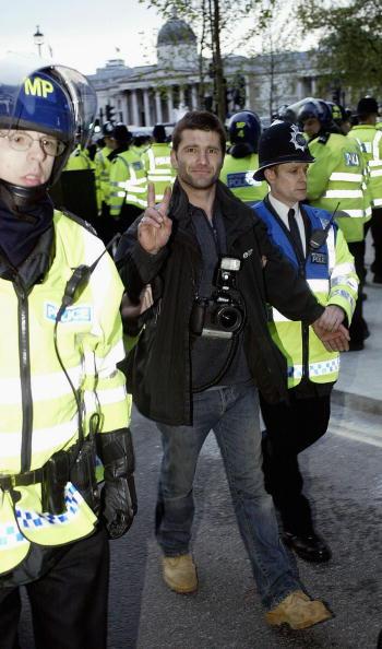 Warren Little「May Day Demonstrations In London」:写真・画像(16)[壁紙.com]