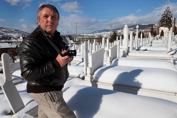 Tom Stoddart「Women Of Sarajevo - Revisited」:写真・画像(9)[壁紙.com]