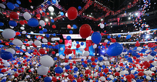 Political Party「Romney Accepts Party Nomination At The Republican National Convention」:写真・画像(13)[壁紙.com]