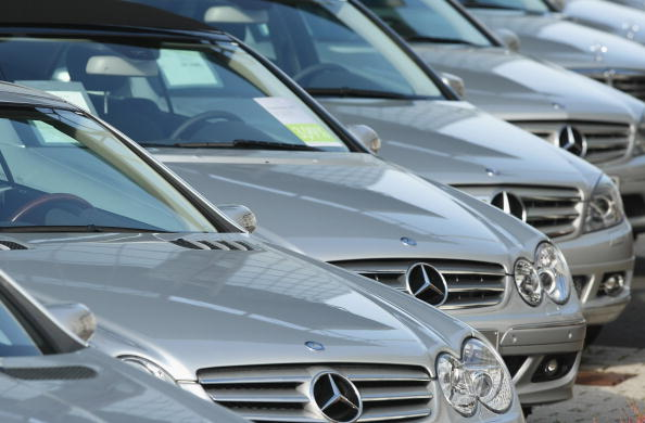 Car Dealership「Financial Crisis Hits Europe Car Sales」:写真・画像(10)[壁紙.com]