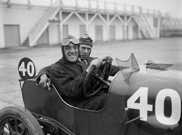 Race Car Driver「BS Marshall in his Aston Martin at the JCC 200 Mile Race, Brooklands, Surrey, 1921」:写真・画像(12)[壁紙.com]