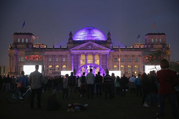 National Landmark「Germany Celebrates 25 Years Since Reunification」:写真・画像(12)[壁紙.com]