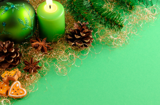 Needle - Plant Part「green Christmas ornament and candle with copy space」:スマホ壁紙(16)