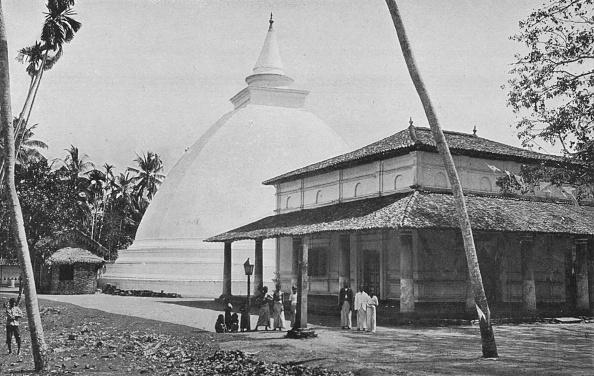 Crockery「'Kelaniya Temple and Dagoba', c1890,」:写真・画像(19)[壁紙.com]